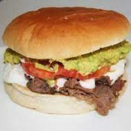 Sándwich Churrasco de Vacuno Casero