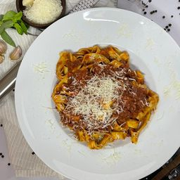 Fetuccini Ragú Carne