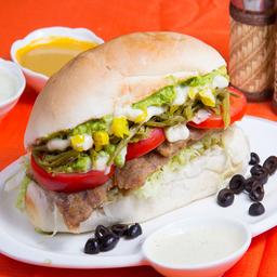 Sándwich de Milanesa Chilenazo