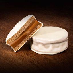 Alfajor blanco con dulce leche