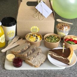Caja Desayuno de Cumpleaños