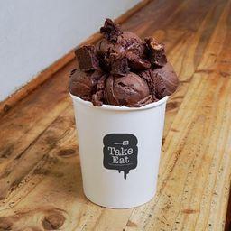 Helado Chocolate, Brownie, Guinda Ácida