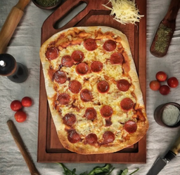 Pizza Pepperoni D'fab 2 a 4 Personas