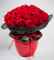 Arreglo 20 rosas rojas base roja