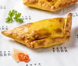 Empanada ají de gallina al estilo Fork
