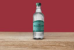 Agua con gas Benedictino