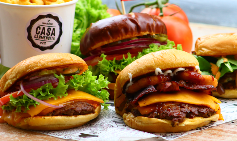 Logo Memphis Burger - Casa Carmencita