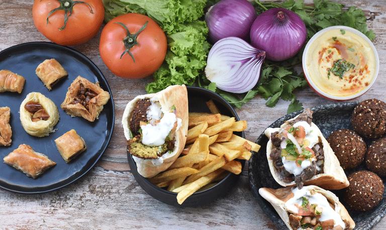 Logo Eat Shawarma - Casa Carmencita