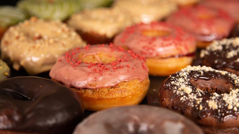 Logo Donut Corp